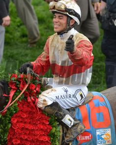 Joel Rosario and Orb wins the 139th Kentucky Derby. Courtney V. Bearse Photo