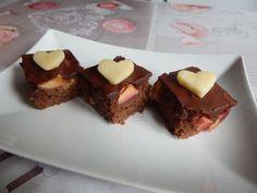 Fotorecept: Cuketový koláč s jablkami - Výborný šťavnatý koláč.