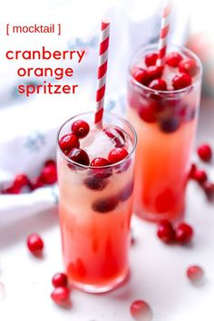 This Cranberry Orange mixed drink is great for the whole family because it is nonalcoholic. Perfect for Thanksgiving or Christmas, this holiday mocktail adds fun and cheer to your holiday party. #mocktails #cranberry #holidaydrinks #Christmasdrinks #nonalcoholic
