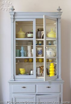 I want a cabinet just like this... If only I could find it!