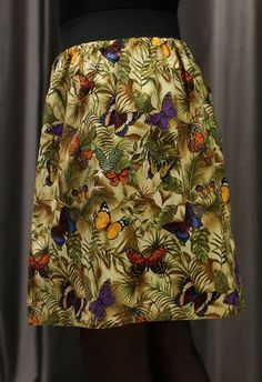 Falda estampado mariposas