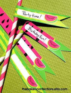 New fun Watermelon Printable Flag Toppers. These can be made into paper straw toppers and even cupcake or cake pop toppers! by thebakersconfections