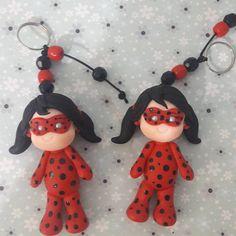 """22 curtidas, 1 comentários - Ana Cláudia (@ana_claudia_ramalho) no Instagram: """"#lembrancinhas #decoraçãodefesta #biscuit #biscuitnafesta #chaveiros #ladybug #miraculous…"""""""