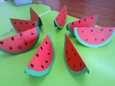 Summer Crafts For Toddlers, Summer Activities For Kids, Art Activities, Diy For Kids, Toddler Art, Toddler Crafts, Vegetable Crafts, Watermelon Crafts, Circle Crafts