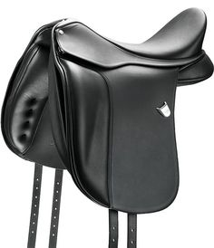 Bates Dressage - Beneath the traditional lines and elegant appearance, the Bates Dressage Saddle offers high performance, as innovative features work to ensure your horse's comfort and a balanced rider position.