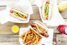 The best Chicago hot dog stands serve perfect Chicago dogs, crisp fries and more—just hold the ketchup