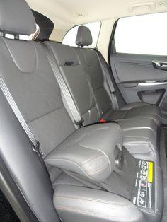 sièges avec rehausseur pour enfant intégré - Volvo XC60