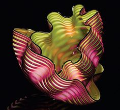 """Royal Raspberry Seaform,"" a glass sculpture by internationally celebrated artist, Dale Chihuly Blown Glass Art, Art Of Glass, Stained Glass Art, Glass Vase, Glass Bowls, Glass Artwork, Sea Glass, Dale Chihuly, L'art Du Vitrail"