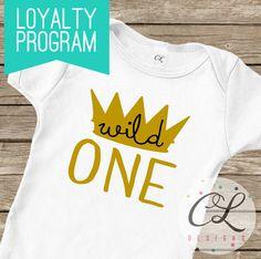 Birthday Boy Bodysuit / T-Shirt Crown King by CourtneyLeighPrints