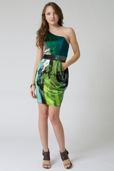 So I think that the silk fabric dress is really nice to wear from http://www.silkfabricwholesale.com/ what a great silk fabric you have.