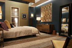 chuck bass residence - nate's bedroom - gossip girl interiors set decoration by christina tonkin Gossip Girls, Gossip Girl Decor, Nate Gossip Girl, Dream Bedroom, Girls Bedroom, Bedrooms, Girl Apartment Decor, Old Room, Vogue Living