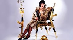If a Bond villain ever makes a Christmas list, this chair just has to be top of it. Designed by artist Rainer Weber, it's made from assault rifles! Candy Darling, Old Plates, Funny Pix, 22 Carat Gold, Cool Gadgets To Buy, Prisoners Of War, Assault Rifle, Making Out, Latest Fashion Trends