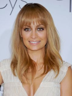 Hottest hair color for Fall 2012: honey blonde a la Nicole Richie