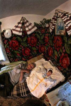 Romania, Folk Art, Childhood, Costumes, Traditional, Primitive Decor, Painting, Ukraine, Beautiful
