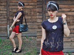 Zuzanna w naszej bluzce :) Wam też się podoba?     Zobaczcie więcej zdjęć: http://madebysuzi.blogspot.com/2012/08/red-black.html