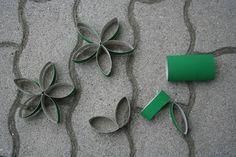 Como fazer flores de rolos de papel