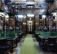 Biblioteca del Colegio Nacional de Buenos Aires, Buenos Aires, Argentina.