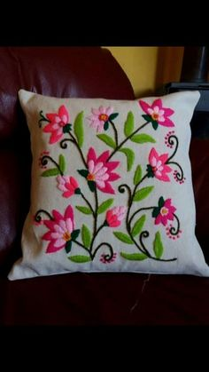 swirling leaves pillow cover for Cushion Embroidery, Hand Embroidery Flowers, Crewel Embroidery, Hand Embroidery Designs, Ribbon Embroidery, Embroidery Patterns, Machine Embroidery, Patchwork Quilt, Cushion Cover Designs