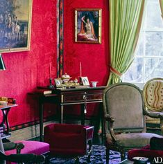 What Lee Radziwill's Swinging London Apartment Looks Like Today & Much More! New York Apartments, New York City Apartment, Manhattan Apartment, Lee Radziwill, Pink Bedrooms, Classic Interior, Architectural Digest, Elle Decor, Living Room Designs