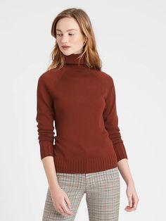 Merino Turtleneck Sweater in Responsible Wool | Banana Republic Merino Wool Sweater, Fashion 2020, My Wardrobe, Autumn Winter Fashion, Banana Republic, Style Inspiration, Style Ideas, Turtle Neck, Fashion Outfits