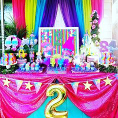 Trolls Birthday Party Decorations Treat Table Confettiicouture On Instagram