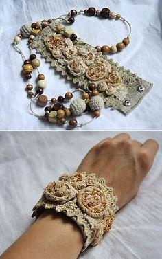 Lace Jewelry, Textile Jewelry, Fabric Jewelry, Jewelry Crafts, Jewelry Art, Jewelery, Handmade Jewelry, Fabric Bracelets, Lace Bracelet