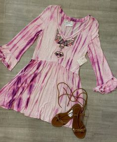 Teen Name Brand Clothes & Shoes at Plato's Closet Brampton, ON Used Clothing Stores, Plato Closet, Tie Dye Dress, Guys And Girls, Get The Look, Trendy Fashion, Boho Chic, Uggs, Teen