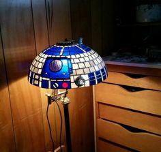 This Stained Glass R2-D2 Lamp Always Defeats The Dark Side