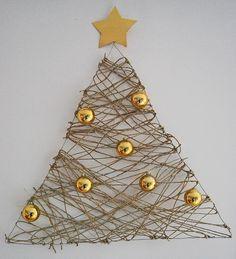 36 Awesome Wall Christmas Trees Ideas | pixersize.com / blog