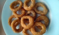 """French Onion Rings - """"Subbed the egg for a tbsp cornstarch, delicious crispy onion rings!"""" @allthecooks #recipe"""
