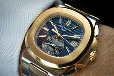 Patek Philippe Nautilus an amazing, gorgeous time piece. Fine Watches, Cool Watches, Rolex Watches, Wrist Watches, Dream Watches, Stylish Watches, Luxury Watches For Men, Patek Philippe Aquanaut, Patek Philippe Calatrava