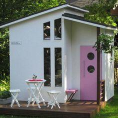 Mini house for the backyard Wood Playhouse, Modern Playhouse, Garden Playhouse, Playhouse Outdoor, Outdoor Rooms, Outdoor Decor, Garden Houses, Tiny Container House, She Sheds
