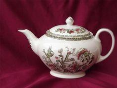 Large Johnson Bros Brothers Indian Tree Tea Pot