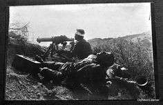 Greek machine gunner and dead comrades during the Asia Minor campaign, 1919-1922.