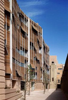 Housing on pinterest social housing facades and building for Oficinas sabadell sevilla