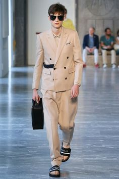 Andrea Pompilio | Spring 2015 Menswear Collection | Style.com