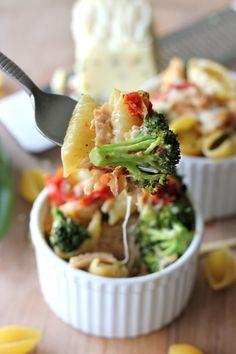 Broccoli Chicken Mac 'N' Cheese | 21 Mac 'N' Cheeses That Are Better Than A Boyfriend