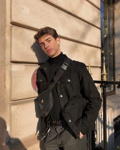 Mode Streetwear, Streetwear Fashion, Boy Outfits, Fashion Outfits, Look Man, Herren Outfit, Photography Poses For Men, Stylish Mens Outfits, Mens Clothing Styles