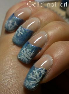 Gelic' nail art: Holo snowflake funky french