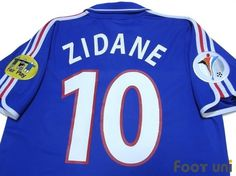 """France 2000 Home #10 Zidane""  Vintage Soccer Jerseys Footuni online shop. 「France 2000 Home #10 Zidane Euro patch Euro model ADIDAS National football teams」page. Products offered are abundant according to an age in a classic football shirts. It is introduction at simple and convenient prices, such as an age, player supplies, etc. of a Soccer Jerseys with acquisition difficult in others."