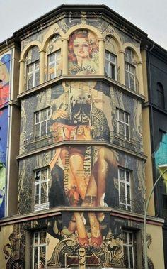 """thevisualvamp: """" salantami: """" Haus in Berlin-Schöneberg """" Street art is sexy """" Murals Street Art, 3d Street Art, Urban Street Art, Amazing Street Art, Street Art Graffiti, Street Artists, Urban Art, Wall Street, Berlin Hauptstadt"""