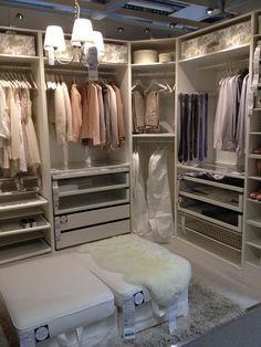 Need a wardrobe like this.