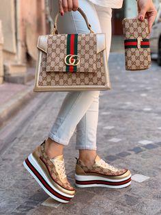 Versace Shoes, Gucci Shoes, Gucci Fashion, Fashion Handbags, Sneakers Fashion, Fashion Shoes, Futuristic Shoes, Jordan Shoes For Women, Gucci Brand