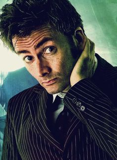 I've always loved this style era David had. Not just because its Doctor Who but it always looked the best on him, he pulled off the suit and hair (and glasses as well) amazingly. Not all guys can intentionally pull off the nerd look while being cool at the sometime :)