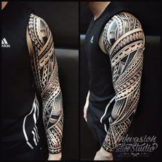 Maori Tattoos, Polynesian Forearm Tattoo, Tattoos Motive, Polynesian Tattoo Designs, Tribal Tattoo Designs, Tribal Tattoos For Men, Tattoo Sleeve Designs, Tattoos For Guys, Tattoo Band
