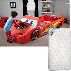DisneyCars Lightening McQueen Convertible Toddler Twin Bed w Lights & Toy Box