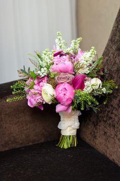 Niagara Falls Elopement   Hillary and Paul Elope: Oakes Garden Theatre Fallsview Wedding » Niagara Wedding Planner and Designer