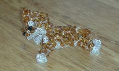 Crystal charm, hond van kralen