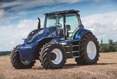 New Holland Agriculture Unveils Methane Powered Concept Tractor #CNHIndustrial