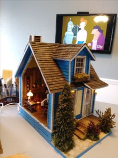 Blue Cottage by Stan Gregg at greggsminiatureimaginations.blogspot.com